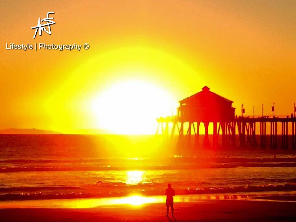 """Un """"Pier"""", sur les plages de Los Angeles. Le plus célèbre, celui de Santa Monica, accueille manèges, fêtes foraines et des dizaines de millier de personnes par jour ©Maui Neri"""