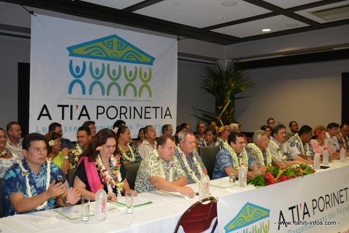 Les élus A Tia Porinetia qui fusionneront avec ceux du Tapura Huira'atira ©Tahiti-infos