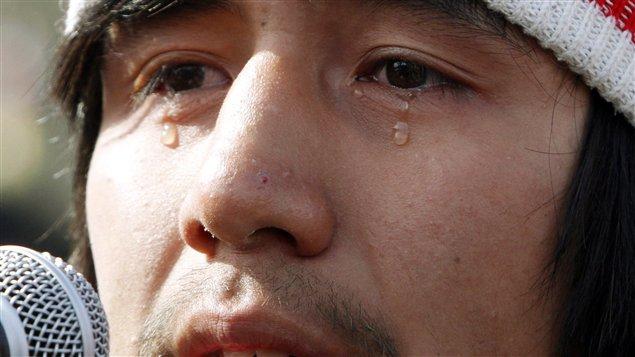 Les larmes d'un amérindien du Canada. En 2013, plusieurs d'entre eux avaient entamé une marche dénonçant les problèmes auxquels ils font quotidiennement face ©PC / Fred Chartrand