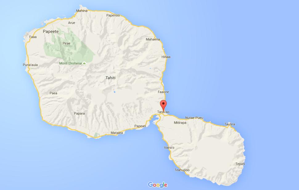 Taravao se situe à 1h en voiture de Papeete. Elle est posée sur l'isthme rattachant la Grande île de Tahiti à la petite ©Maps