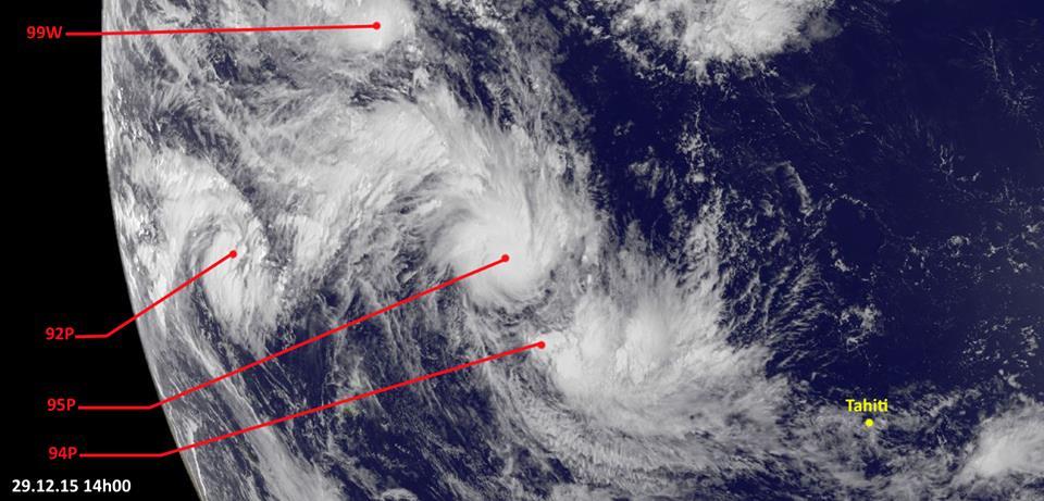 En début de semaine, 4 dépressions ont été repérées dans le Pacifique Sud, dont la 95P, transformée jeudi en cyclone de catégorie 3, baptisé Ula ©Infos Cyclones