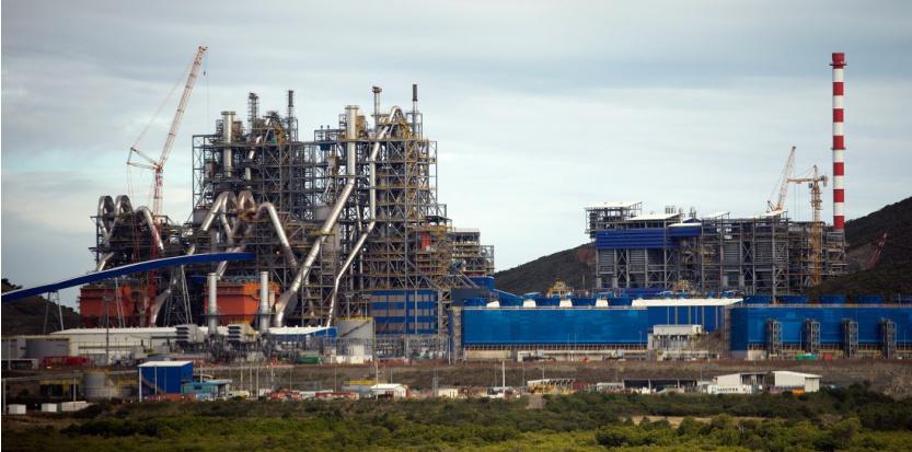 Inaugurée en 2013, l'usine de Koniambo était considérée comme la plus moderne au monde. Aujourd'hui, elle fait face à des difficultés techniques et au cours du nickel le plus bas de son histoire ©AFP / Lionel Bonaventure