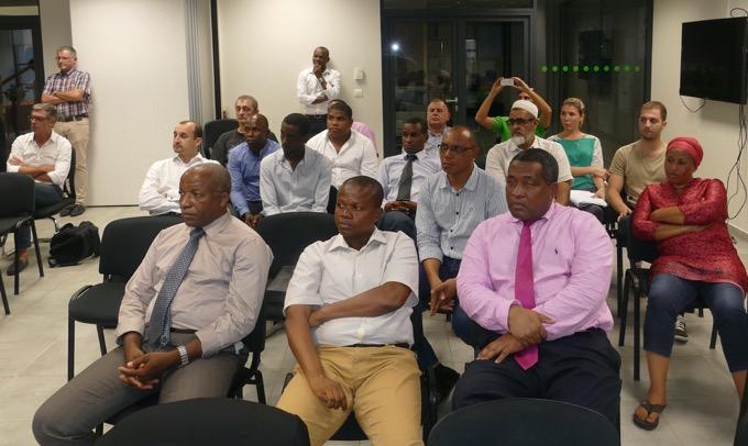 Les maires, premiers concernés par le dispositif, ont répondu présent à l'appel d'EDM ©Journal de Mayotte