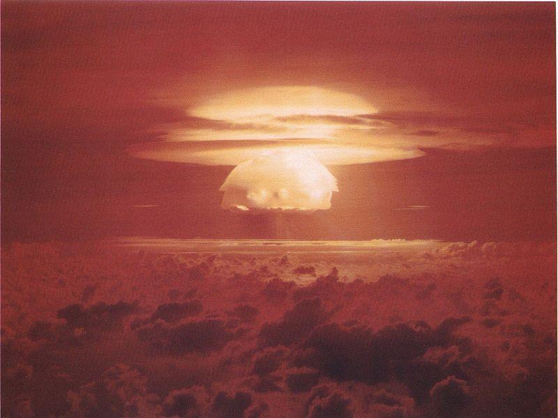 Castle Bravo, la bombe la plus puissante réalisée dans la Pacifique par les Etats-Unis, le 1er mars 1954. Elle fut 1000 fois plus puissante que Hiroshima ©DR