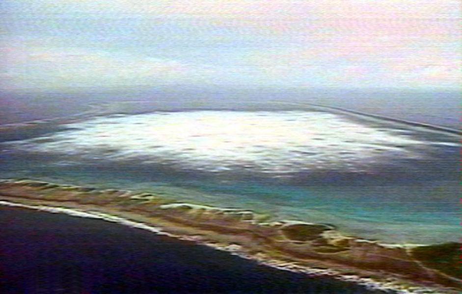 Un essais souterrain français sur l'atoll de Fangataufa en Polynésie française ©DR