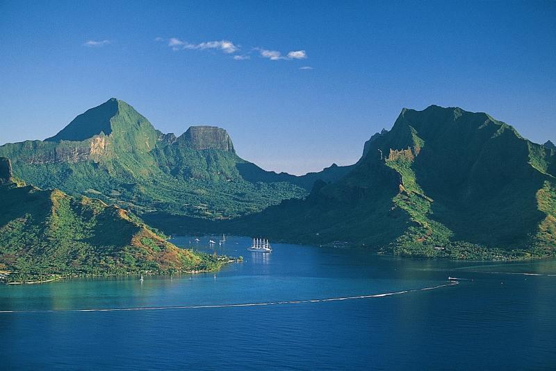 Baie de Cook, Moorea, Polynésie française ©DR