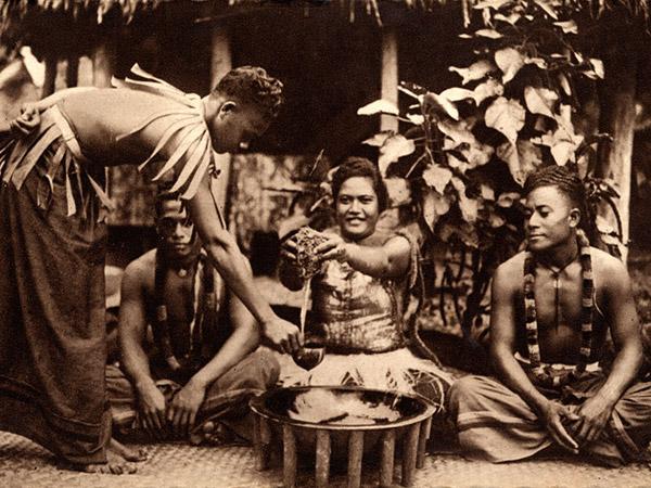 Préparation du Kava ©Tahiti Traveler