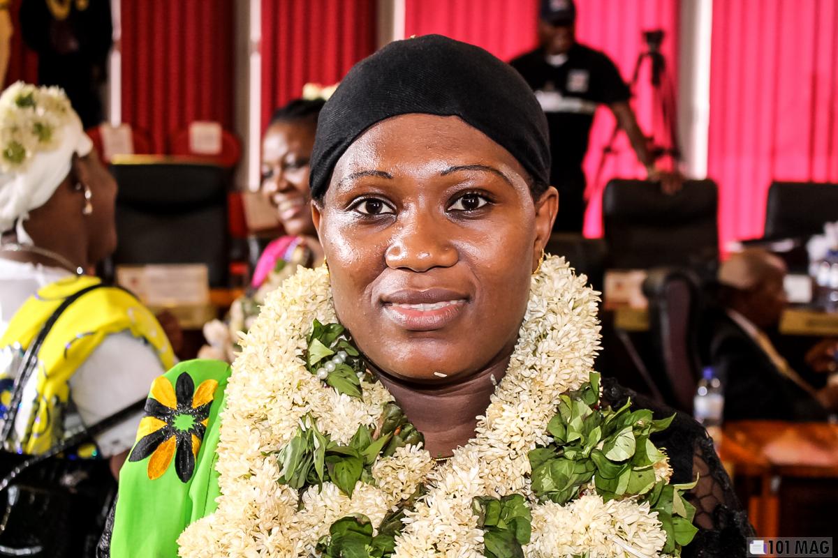 C'est Raïssa Andhume, Conseillère départementale de Mayotte et présidente de la commission Aménagement et développement durable qui porte ce projet de véhicules électriques ©101 Mag