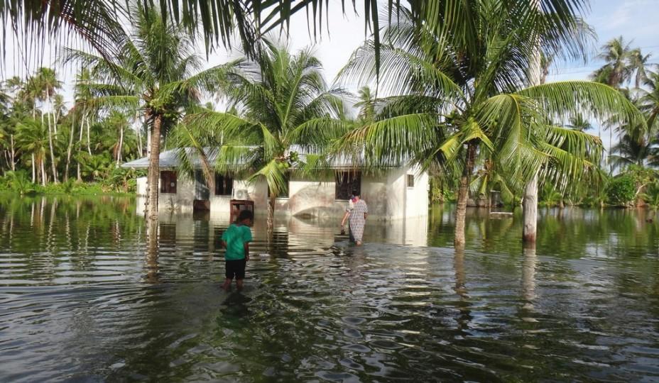 Les habitants des îles Marshall sont de plus en plus confrontés à des marées inhabituellement fortes ; les king-tides ©Keystone