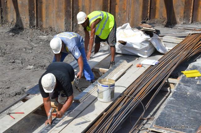 Le secteur du bâtiment aurait créé 325 emplois nets entre janvier et septembre 2015 ©Tahiti-infos