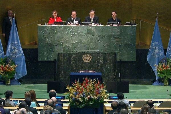 Le 22 avril dernier, aux Nations Unies, lors de l'ouverture des signatures de l'Accord de Paris sur le climat ©ONU
