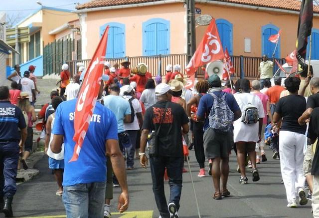 Martinique : Grève des agents de la CMT et établissements scolaires paralysés