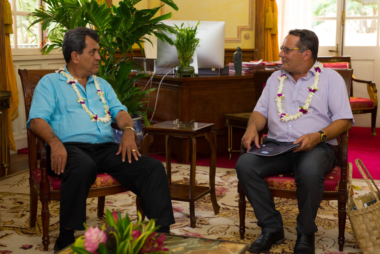 Edouard Fritch, Président de la Polynésie française, et Philippe Germain, Président du gouvernement calédonien, souhaitent multiplier et renforcer les échanges économiques avec les Etats insulaires du Pacifique ©Gouvernement de la Nouvelle-Calédonie
