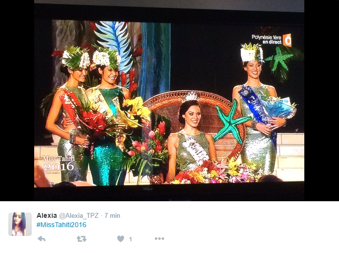 De gauche à droite : Mehealani Tepou, Miss Heiva 2016, Vanille Guyot-Sionnest, 2ème Dauphine, Vaea Ferrand, Miss Tahiti 2016 et Vaiata Buisson, 1ère Dauphine