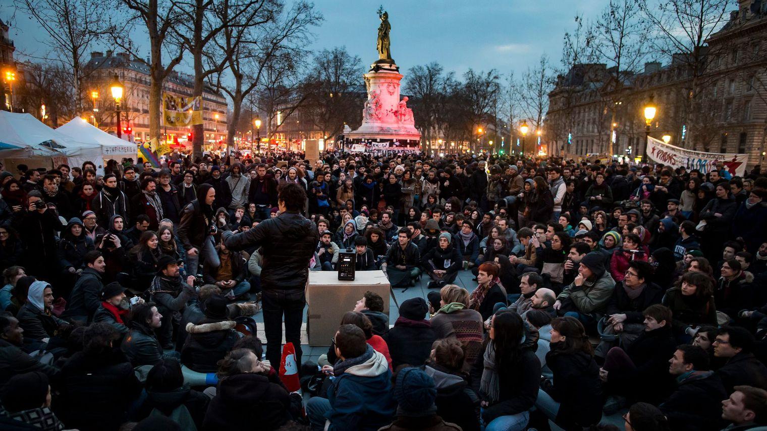 Mouvement Nuit Debout, à Paris, Place de la République ©Numerama.com