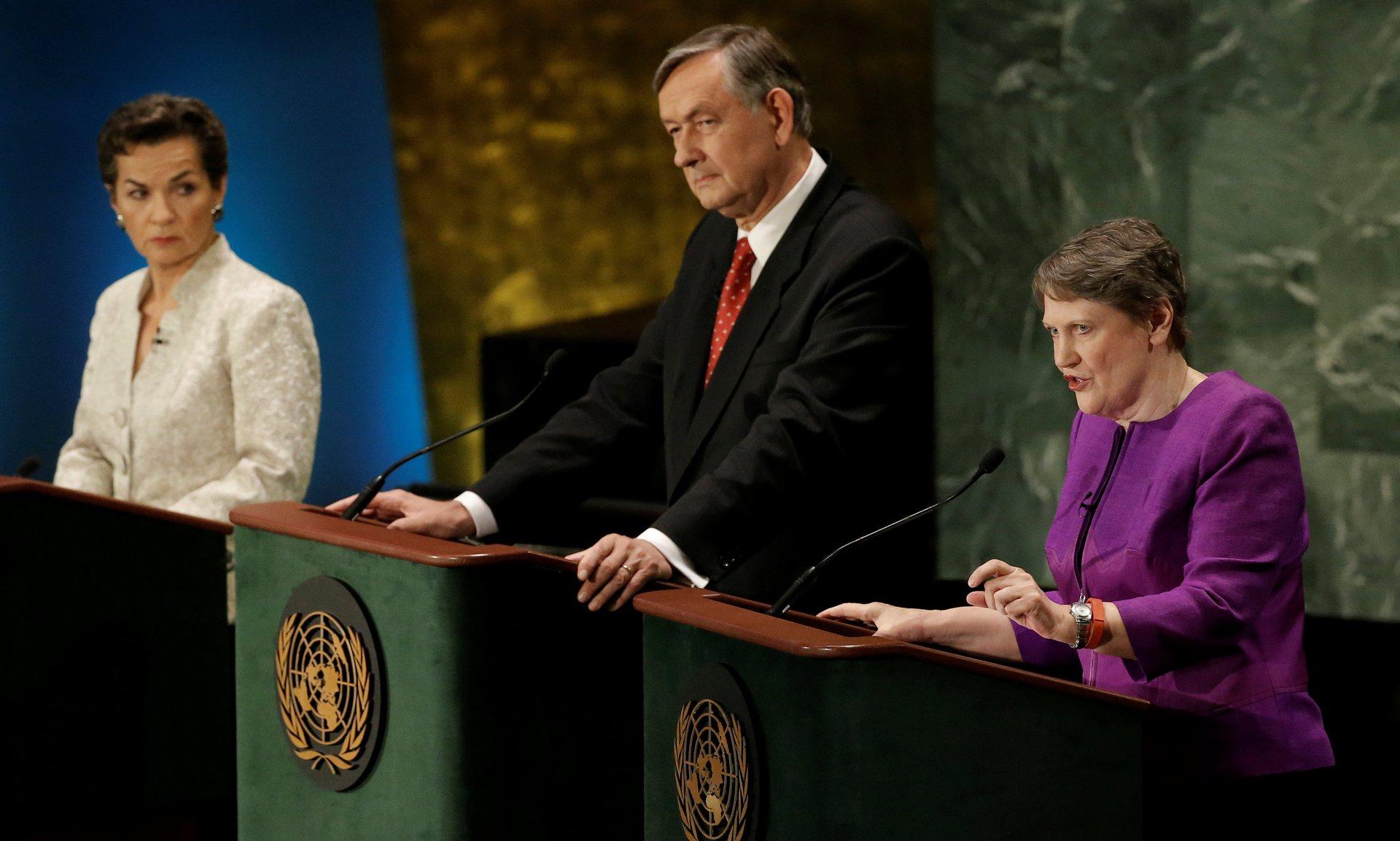 Christina Figueres, Danilo Turk et Helen Clark, lors du débat télévisé devanrt l'Assemblée générale le 12 juillet ©Mike Segar / Reuters