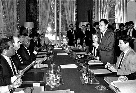 """""""Les accords de Matignon sont un des plus beaux souvenirs de ma vie politique"""", avait déclaré Michel Rocard dans une interview à Télérama en 2013."""