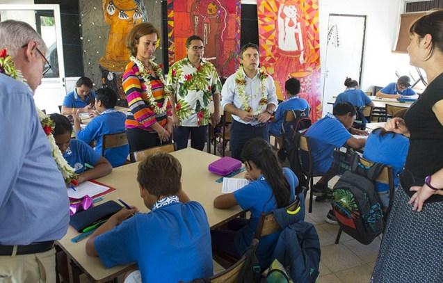 La minstre polynésienne de l'Education s'est déplacée dans les écoles lors de cette rentrée ©Présidence de la Polynésie française