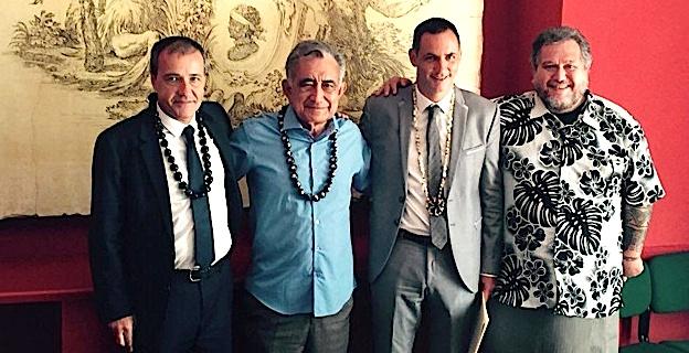 Oscar Temaru et son Conseiller spécial aux affaires internationales avec le Président de l'Assemblée corse ©DR