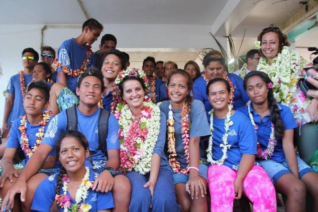 Sur l'atoll de Rangiroa, dans l'archipel des Tuamotu, la ministre de l'Education nationale a pu se rendre compte compte des difficultés dû à l'éclatement des îles de Polynésie française ©Tahiti-infos