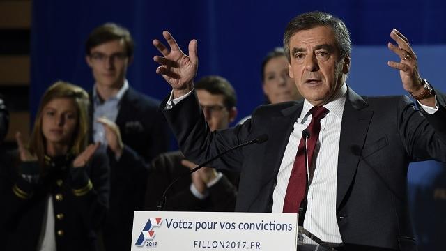 François Fillon, le 22 novembre à Lyon, pour son premier meeting après le premier tour de la primaire ©DR