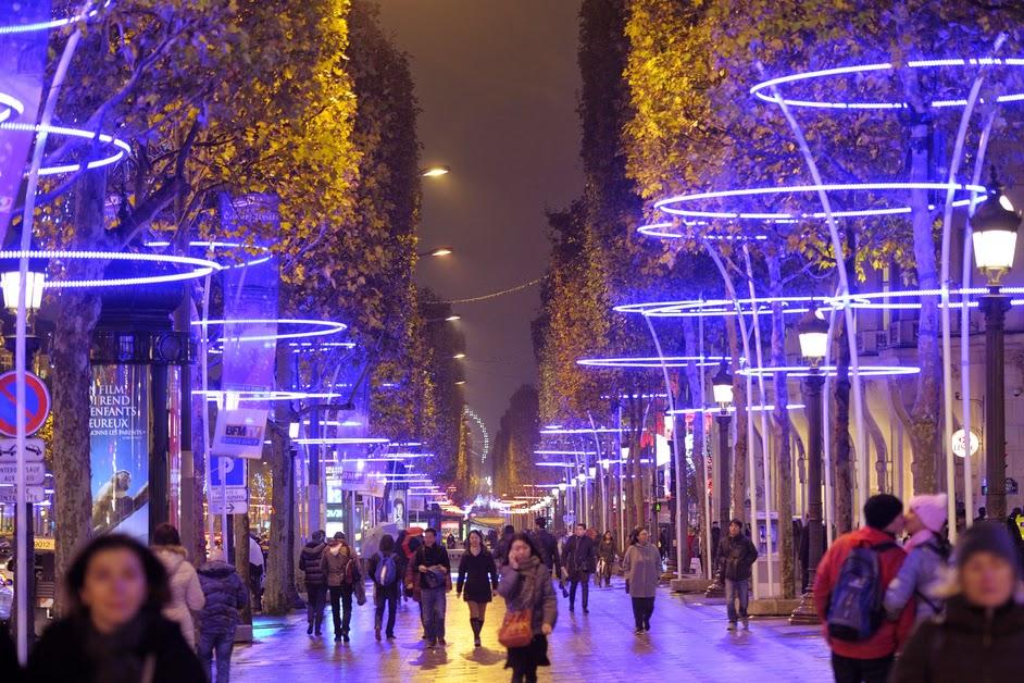 Paris : Teddy Riner parrainera les illuminations de Noël sur les Champs-Elysées