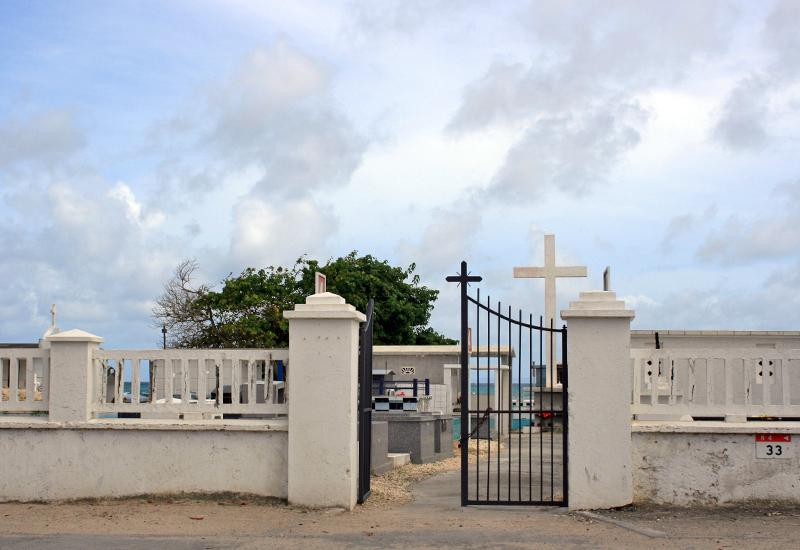 Entrée du cimetière indien en Guadeloupe