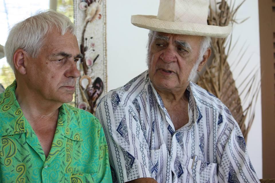 John Doom et son ami de combat, Bruno Barrillot, lors de la réalisation du livre témoignage Témoins de la Bombe ©Témoins de la Bombe
