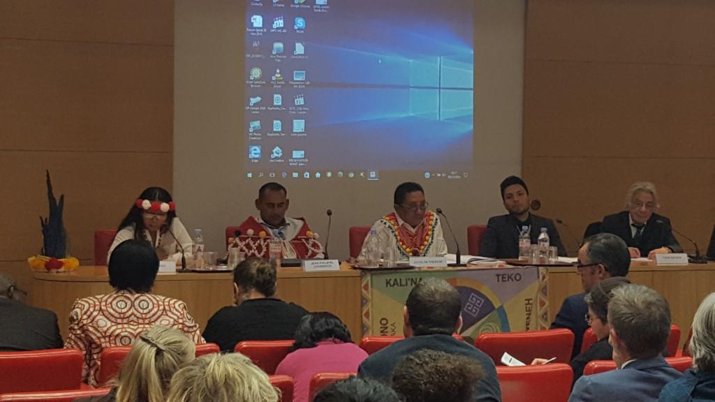 De nombreuses associations représentant les peuples autochtones étaient présentes