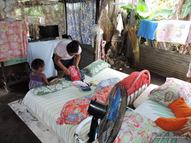 Cri du coeur et révolte, Pina décrit le quotidien d'une famille. Un quotidien que vivent de nombreuses familles polynésiennes, invisibles et oubliées ©Tahiti-infos