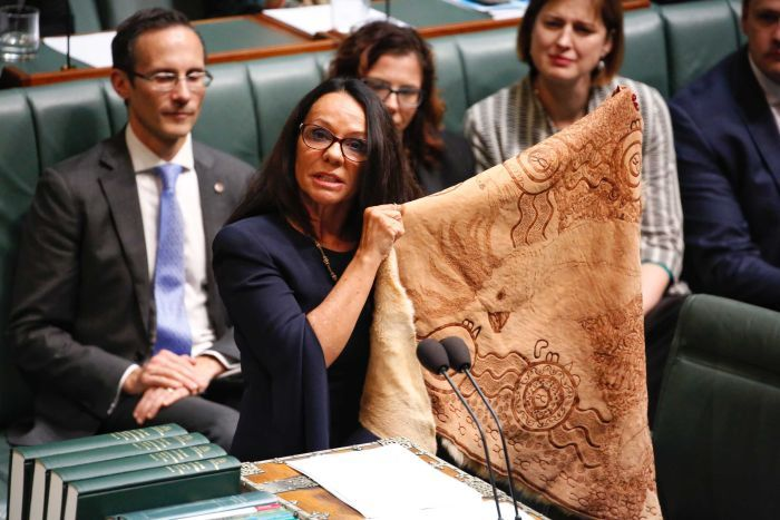 Linda Burney au Parlement australien ©Adam Kennedy / ABC News