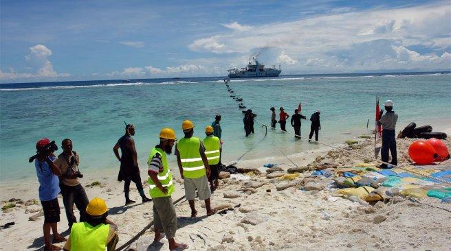 Le câble sous-marin reliant Wallis et Futuna aux îles Fidji et Samoa est un facteur majeur du développement de l'archipel ©DR