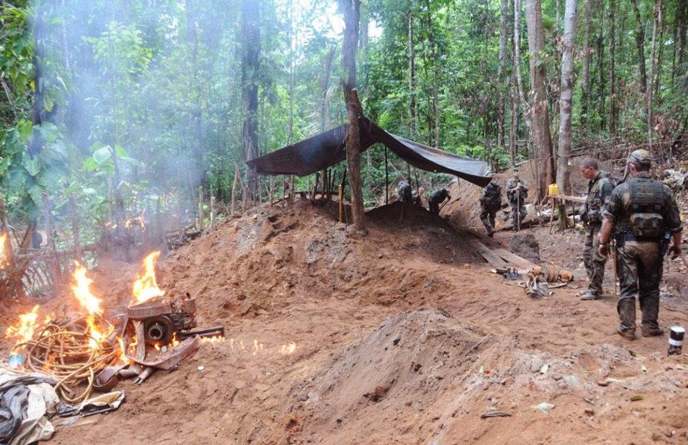 Démantèlement d'un site d'orpaillage illégal ©Ministère de la Défense