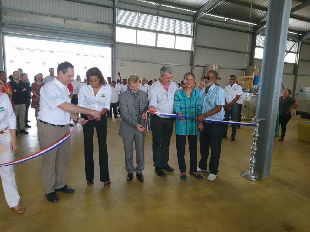 De nombreux élus guyanais dont Chantal Berthelot étaient présents pour assister cette inauguration ©DR/ Chantal Berthelot