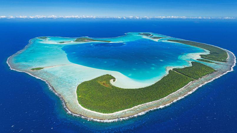 L'atoll de Tetiaroa, situé à quelques encablures au nord de Tahiti est devenu la propriété de l'acteur Marlon Brando et aujourd'hui de ses héritiers, en partie tahitiens ©DR