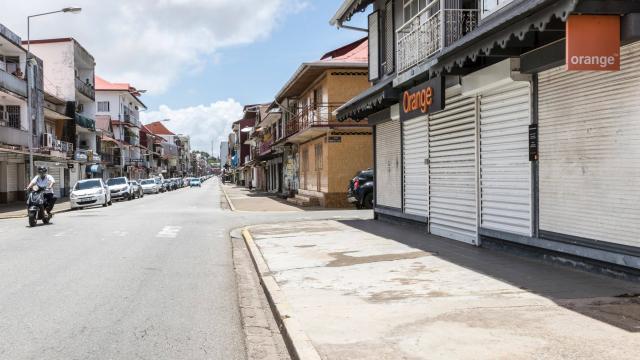 """Une """"journée morte"""" est organisée aujourd'hui en Guyane ©AFP"""