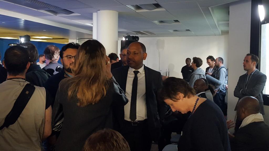 Parmi les soutiens d'Emmanuel Macron, le député Thierry Robert était présent © Outremers 360