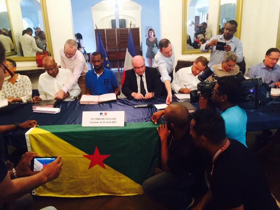 Crise sociale en Guyane: L'accord de Guyane est signé