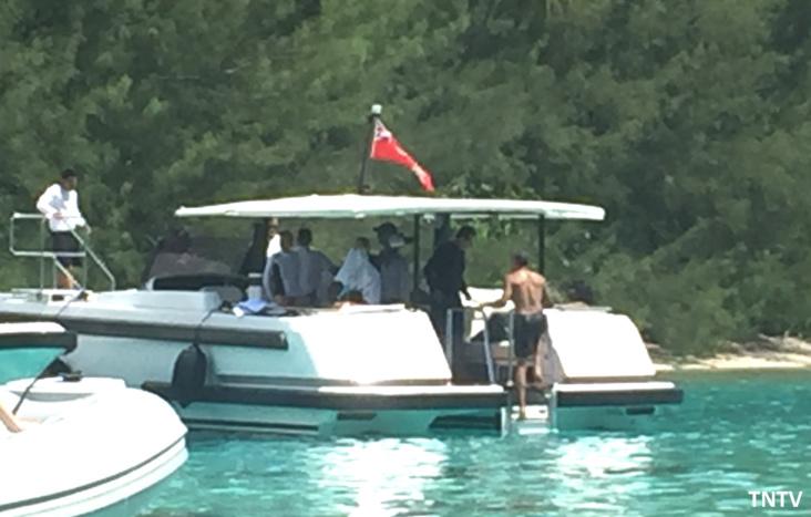 Barack Obama sur l'île de Moorea ©TNTV