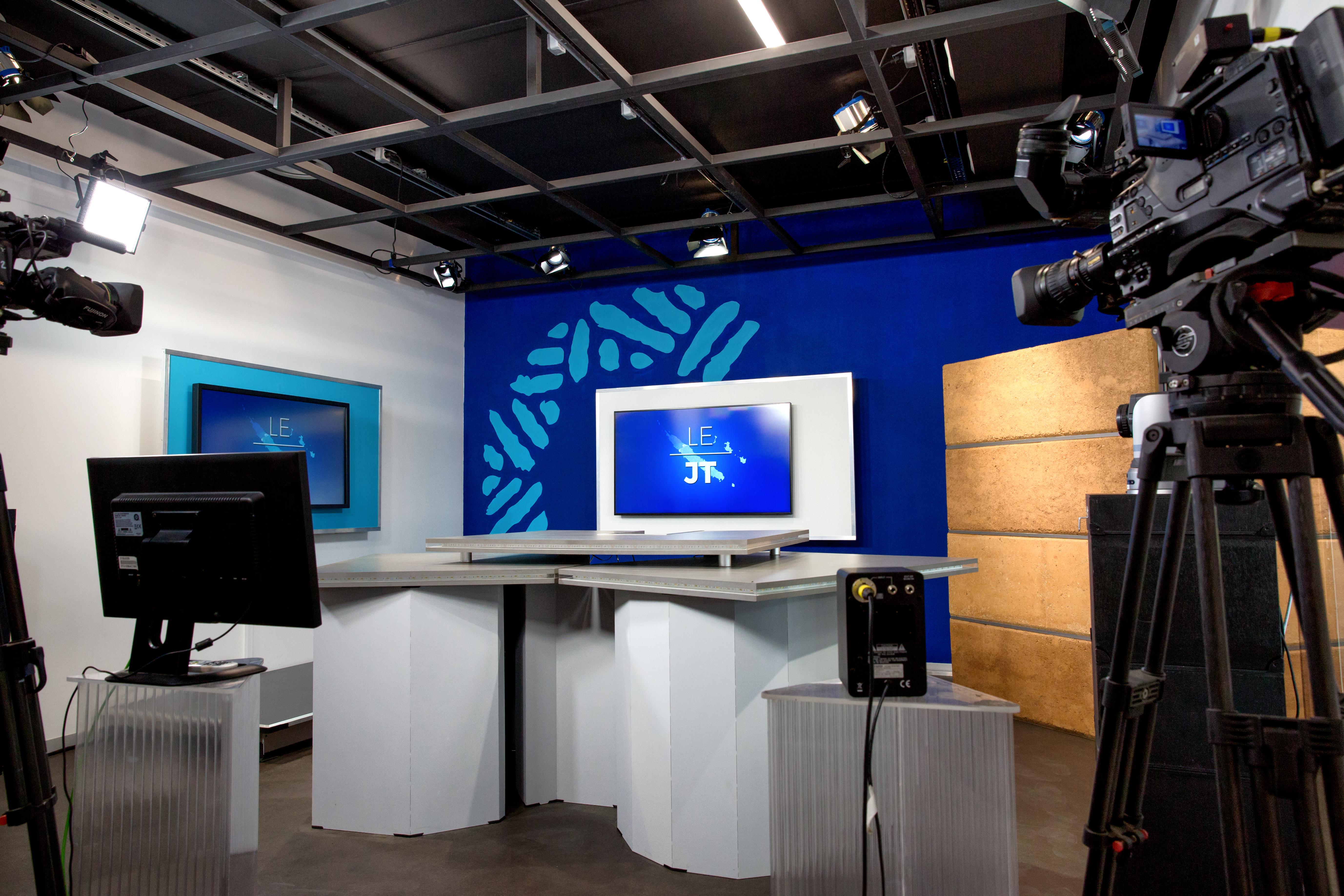 Nouveau nom, nouvelle identité, nouveau studio et nouveau programme, en 2017, NCTV devient Caledonia ©Caledonia