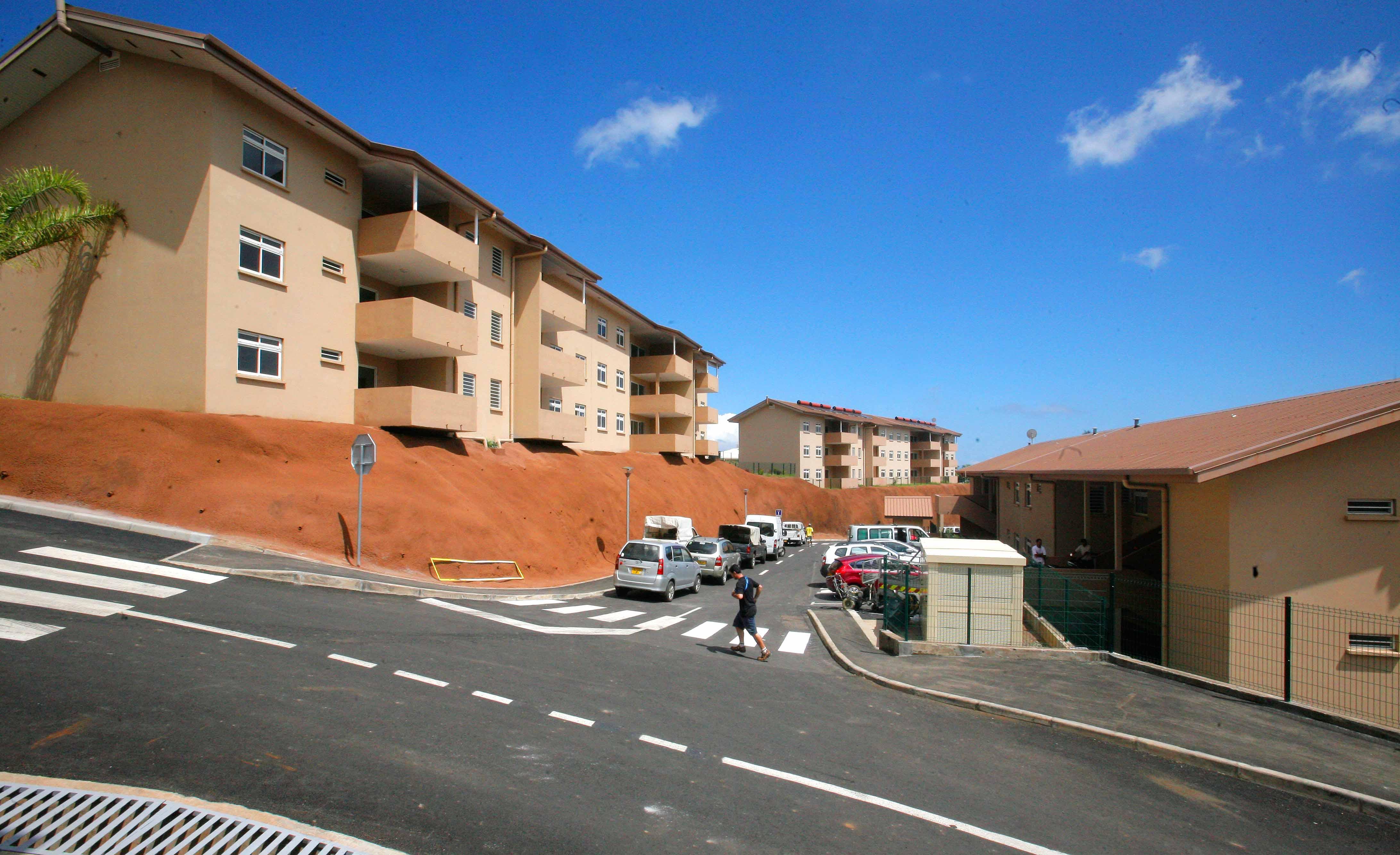 habitat en outre mer 5 communes de tahiti engag es dans la r novation urbaine toute l. Black Bedroom Furniture Sets. Home Design Ideas