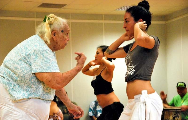 Louise Kimitete enseignant au Conservatoire artistique de Polynésie française ©DR