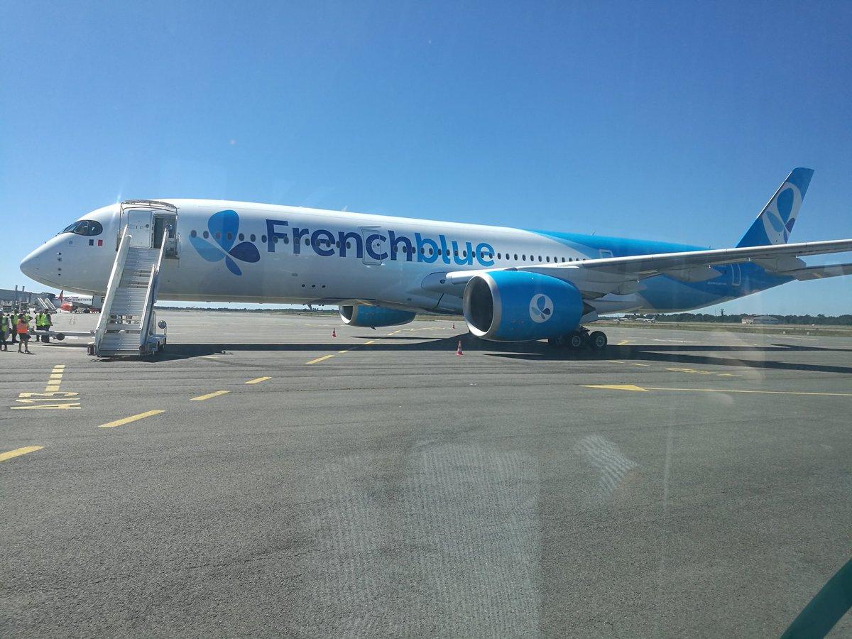 La compagnie French Blue a reçu ce lundi 21 août son premier A350, de quoi augmenter sa capacité vers La Réunion ©Outremers360