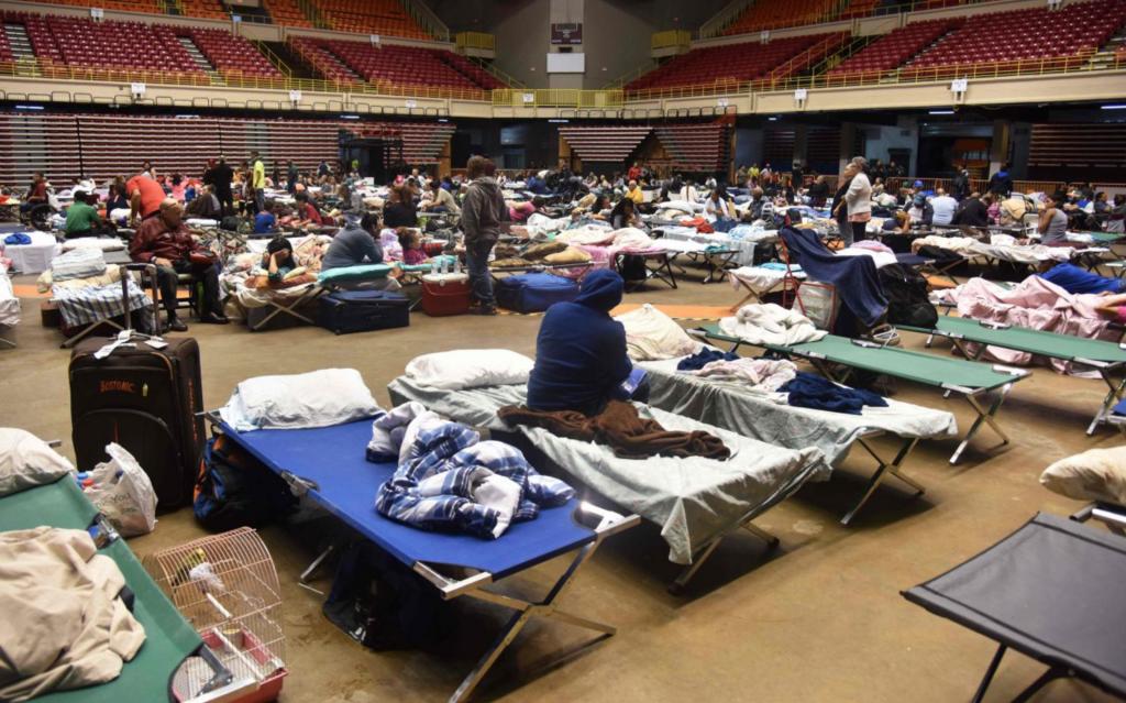 A Porto Rico, la population se met à l'abri. © AFP