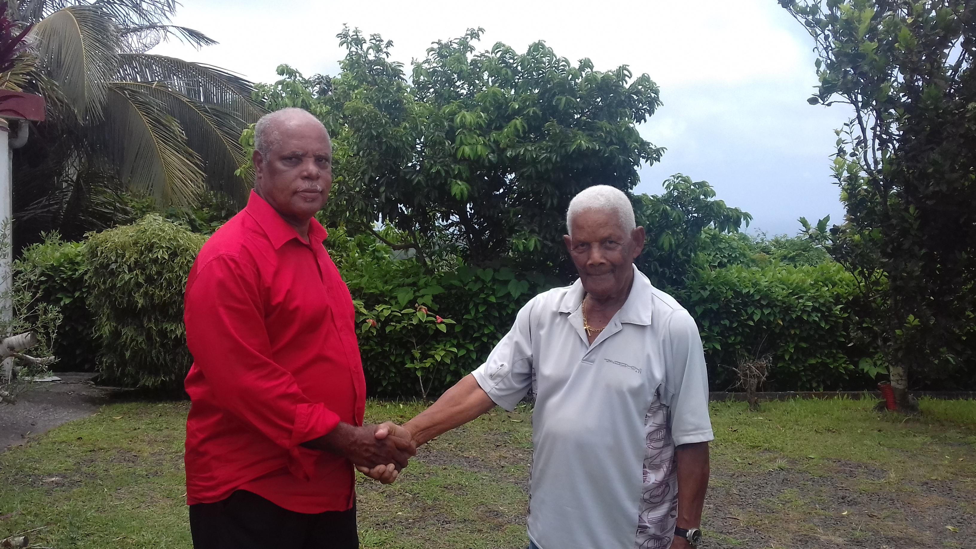 Félix Perina et le 1er adjoint au Maire de Saint-Esprit en Martinique ©DR