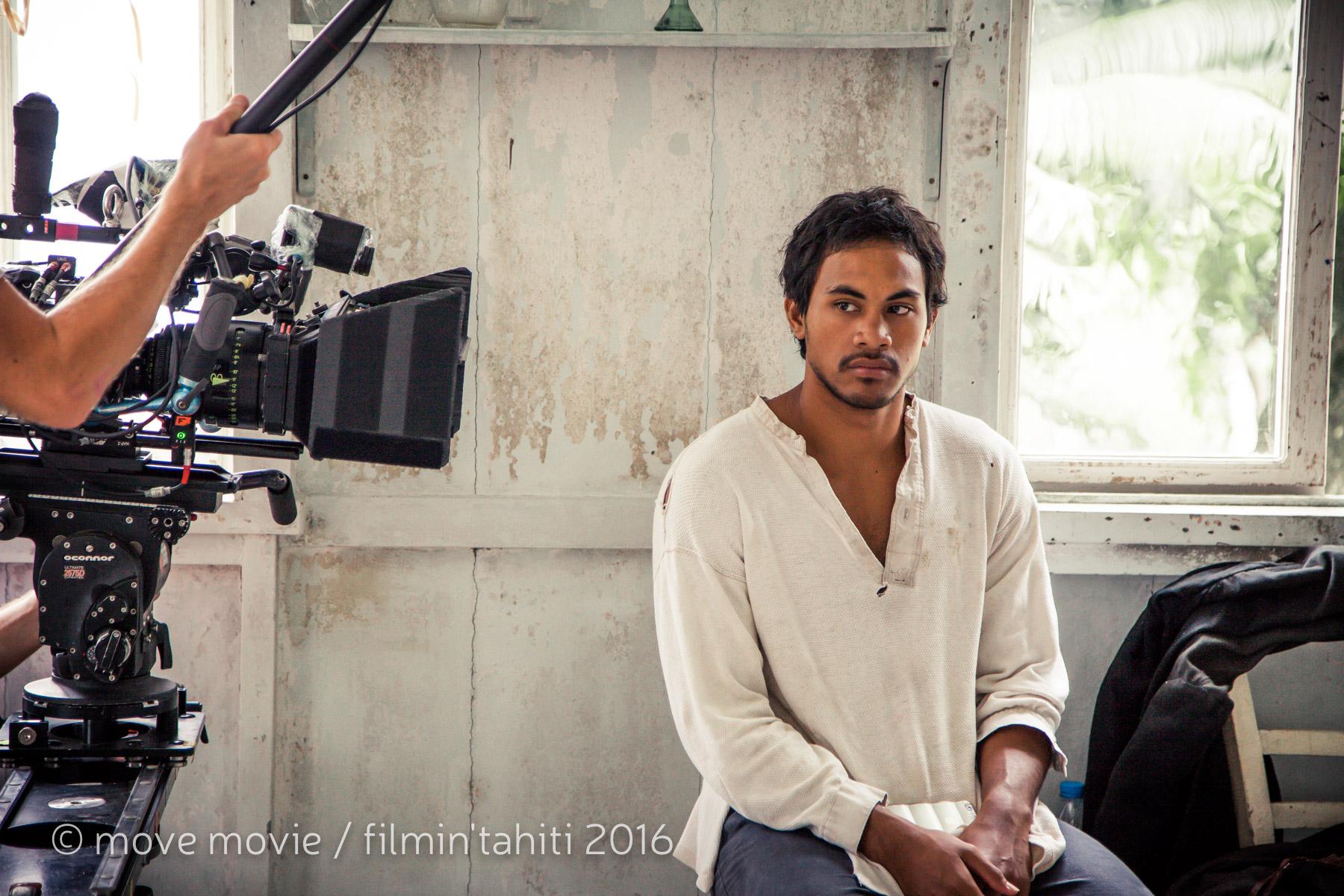 Puatai Hikutini, l'autre révélation des nombreux castings réalisés en Polynésie, joue le rôle de Iotefa, assistant de Gauguin ©Move Movie / Filmin'Tahiti