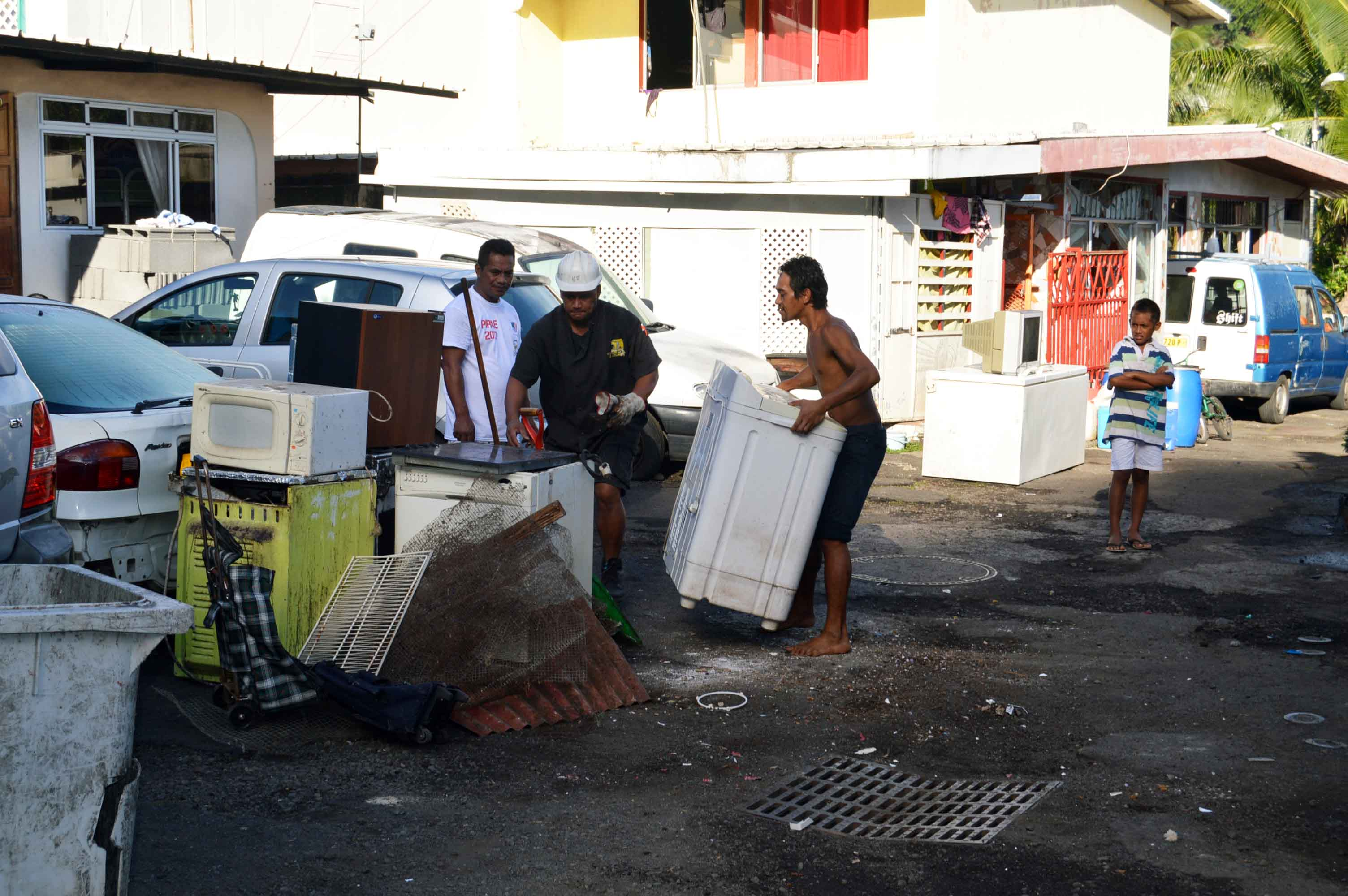 """Un des avantages implacable du projet de Bruno Garnier: la création d'emploi locaux, voir """"hyper-locaux"""" ©Tahiti-infos"""