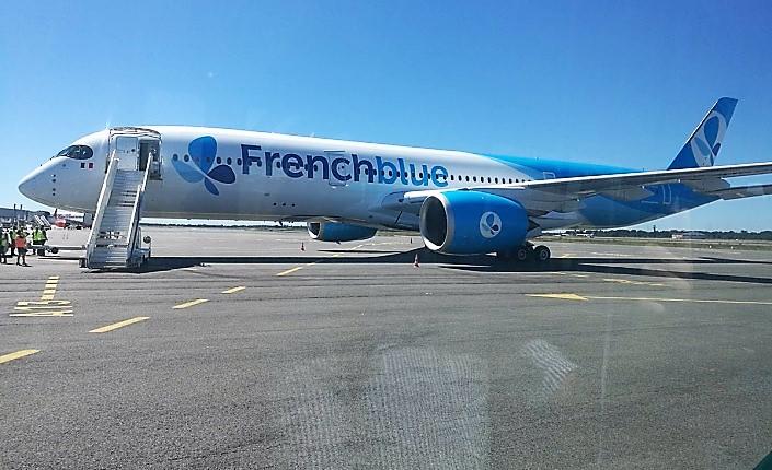"""French Blue a reçu son premier A350 en août dernier. Un appareil qui nécessite """"environ une centaine de personne"""" en plus pour la compagnie ©Outremers360"""