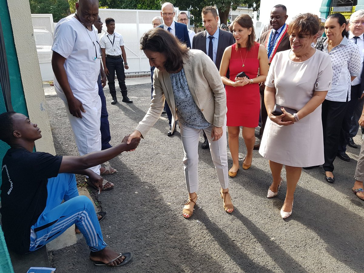 En visite à Mayotte les 2 et 3 octobre, Agnès Buzyn avait défendu la qualité des soins du CHM ©Twitter / Agnès Buzyn