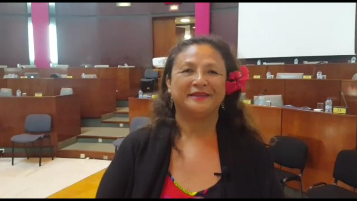 Animant un atelier sur la danse tahitienne au Congrès de l'ACCDOM, la 4ème adjointe au maire de Papeete a salué le travail du gouvernement polynésien ©Outremers360